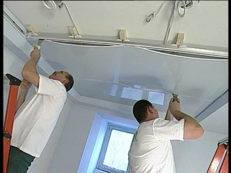 Как выровнять потолки: ВИДЕО